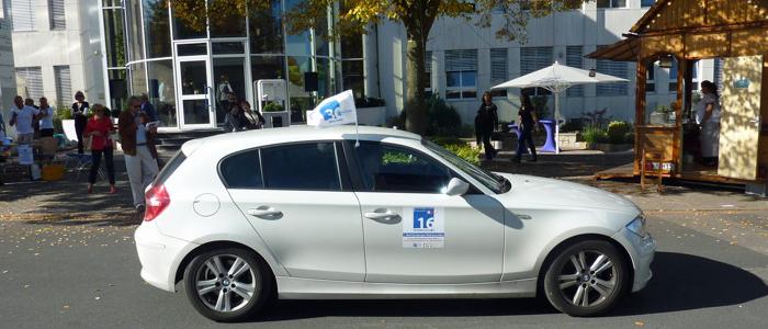 10.10.10 - Politik-Auto der BLB mit Insassen Armin Johnert, Martin Geppert und Colin Seebach (BLB/Junge Bürger; Quelle: accadis website)